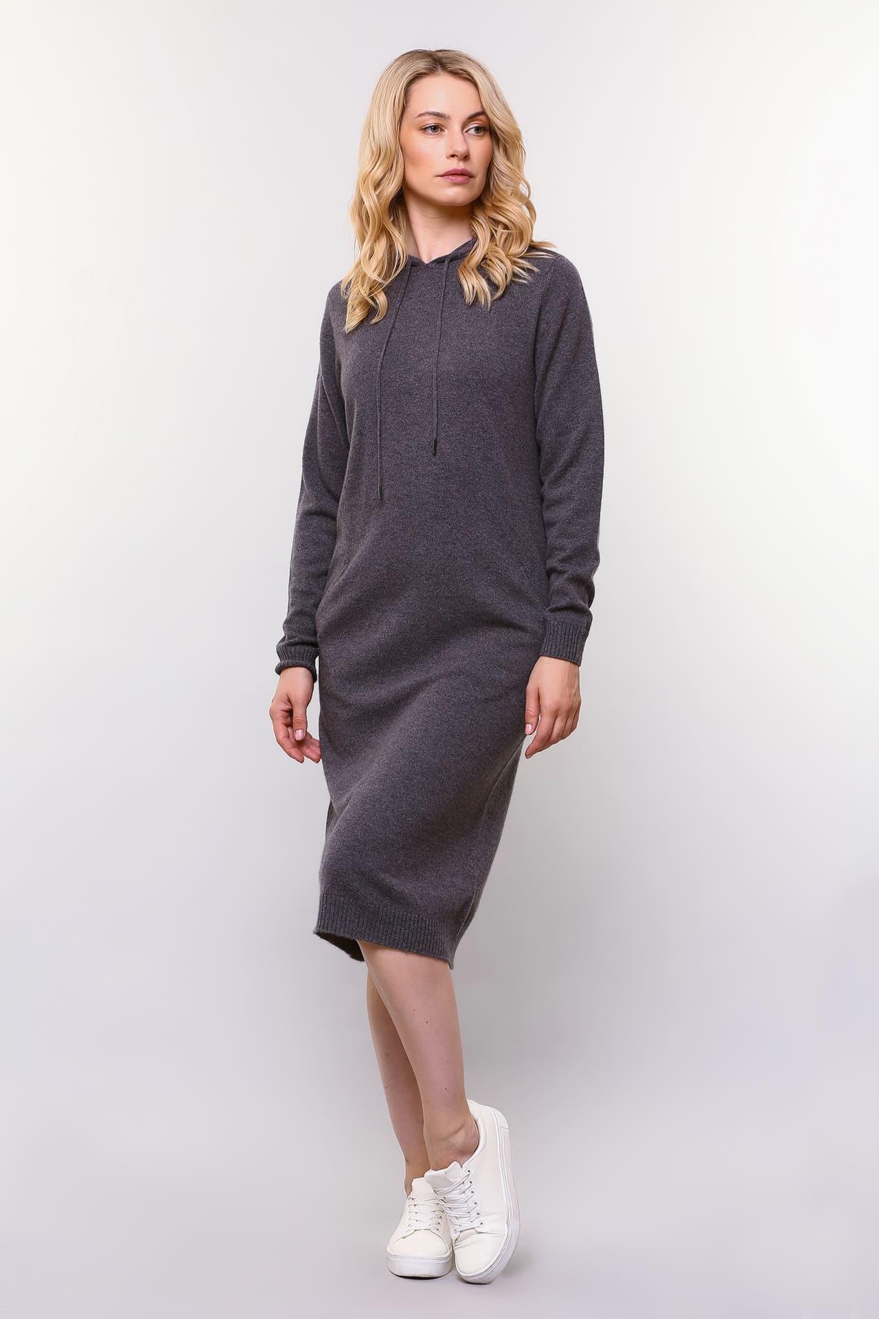 Кашемировое платье с капюшоном
